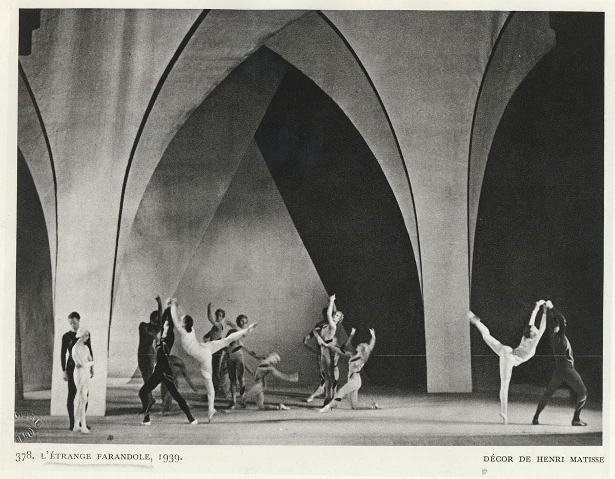 """Photographie : """"Ballet L'Étrange farandole"""", Monte-Carlo, 1938"""