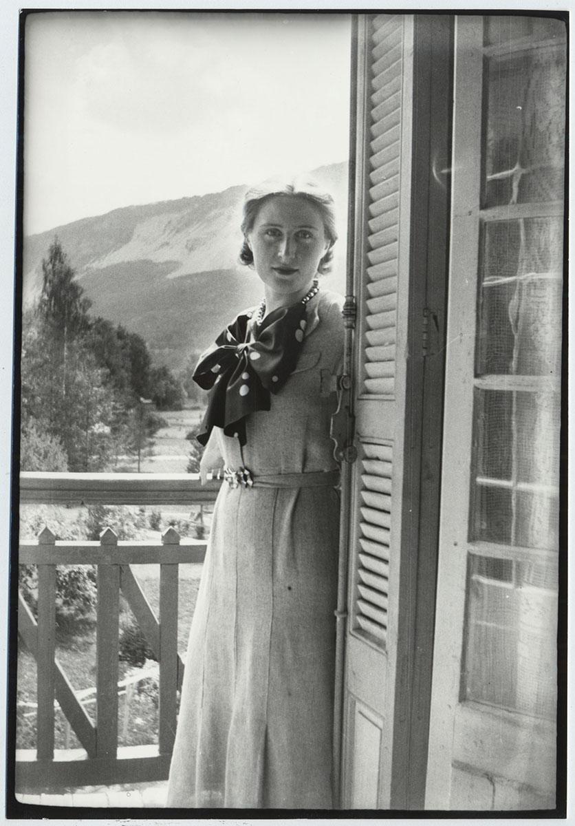 Photographie : Lydia Delectorskaya à Beauvezer, été 1935