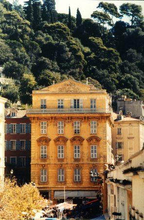 Le Palais Caïs de Pierlas, 1 place Charles-Félix (cours Saleya, Vieux-Nice)